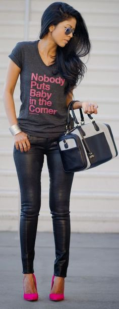 Love the pop of pink, would prefer it with skinny jeans, love the shirt!!!