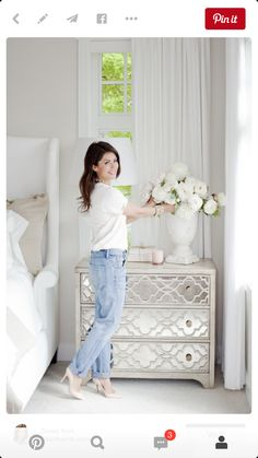 ideas white bedroom furniture ideas inspiration bedside tables for 2019 Mirrored Furniture, Diy Furniture, Mirrored Nightstand, Furniture Stores, Painting Furniture, Bedside Drawers, Diy Painting, Antique White Bedroom Furniture, Dresser Storage