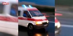 Elazığ'da yolcu otobüsüyle TIR çarpıştı: Elazığ'ın Karakoçan ilçesinde bir yolcu otobüsünün tıra çarpması sonucu ölü ve yaralılar olduğu bildirildi. Olay yerine çok sayıda sağlık, itfaiye ve AFAD ekibi ile UMKE görevlileri sevk edildi.