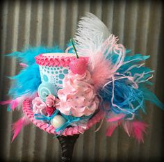 Hey, I found this really awesome Etsy listing at https://www.etsy.com/listing/289152453/cupcake-mini-top-hat-mad-hatter-hat-blue