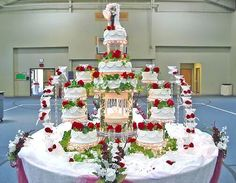 330 Best Cascading Wedding Cakes Images Tortilla Pie Fondant
