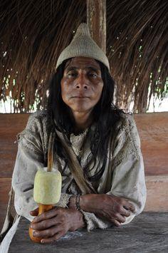 Kogi Shaman or Mamas Colombian People, Sierra Nevada, Healer, South America, Beautiful People, Winter Hats, Statue, Face, Latina