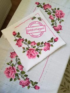 Table Linens, Bed Sheets, Diy And Crafts, Cross Stitch, Flowers, Decor, Cross Stitch Rose, Cross Stitch Embroidery, Throw Pillows