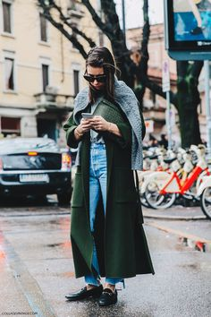 Milan_Fashion_Week_Fall_16-MFW-Street_Style-Collage_Vintage-Natasha_Goldenberg-Maxi_Coat-GUcci_Loafers-6