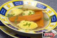 A tökéletes grízgaluska 2 tojást megsózva  habosra verjük. Nem tojáshabbá, csak addig, míg nem kezd el habzani. 6 púpozott ek grízt adunk hozzá.  Sima, tejfölsűrűségű massza lesz,lefedve, hidegen min.1 órát pihenés után főzzük ki