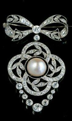 BELLE EPOQUE BROOCH/ beauty bling jewelry fashion