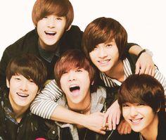 FT ISLAND ♡ Choi Jong-hoon, Lee Hongki ,Lee Jae jin, Song Seung-hyun, and Choi Min-hwan. THEY ARE SO PERFECT