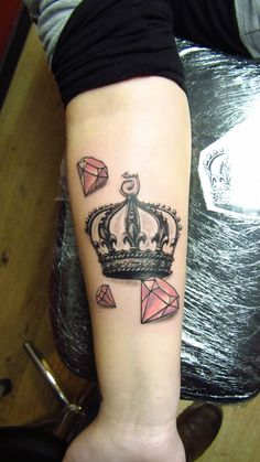 Crown and diamonds tattoo