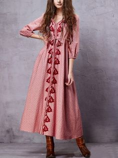 http://es.shein.com/Drawstring-Waist-Long-Embroidered-Dress-Red-p-284651-cat-1727.html