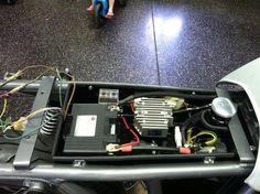 Under seat electronics tray (no cafe hump)