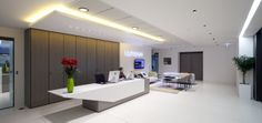 First impressions count. This is the professional and elegant reception at haysmacintyres london office.