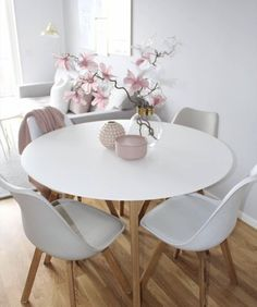 Of our favourite millennial pink home decor picks 33 – Home Design Dining Room Sets, Dining Room Design, Dining Room Table, Living Room Interior, Living Room Decor, Bedroom Decor, Ikea Bedroom, Pink Home Decor, Interior Design