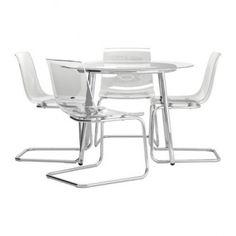 Se vende Mesa con 4 sillas, vidrio, transparente, IKEA SEGUNDA MANO serie SALMI / TOBIAS. Lo vendemos porque la empresa ha crecido y ya no cabemos.