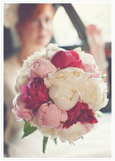 Such a beautiful bouquet of pink, fuschia and white peonies!