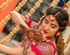 94 Easy Mehndi Designs For Your Gorgeous Henna Look Mehndi Ceremony, Haldi Ceremony, Wedding Ceremony, Wedding Venues, Wedding Themes, Wedding Bouquet, Wedding Dresses, Wedding Cakes, Destination Wedding