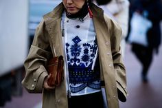 Streetstyle at Fashion Week in Paris. Part 4