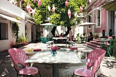 One of the loveliest dinner spots I have been to- La Maison Rose, Pondicherry, India