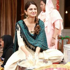 Jennifer Winget Some Cute Looking Photo 1 Pakistani Outfits, Indian Outfits, Jennifer Winget Beyhadh, Types Of Jeans, Casual Work Outfits, Casual Wear, Most Beautiful Indian Actress, Denim Outfit, Cute Fashion