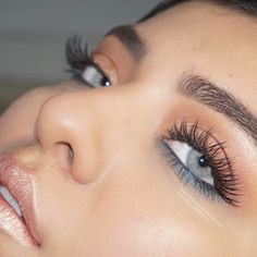 Lovely eye makeup complemented with Solotica Hidrocor Quartzo by #solotica_melbourne