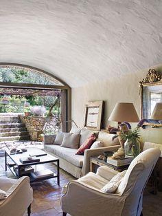 În casa de vacanță a unui anticar și designer de interior
