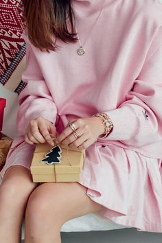 Have you finished your Christmas shopping yet? Blogger Christabel Chua is wrapping her Christmas gifts - and who knows? Her friends might be lucky enough to get some lovely PANDORA bracelets, charms and rings in sterling silver and PANDORA Rose!
