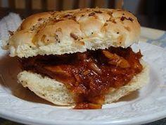 Jack Daniels Pulled Pork Sandwiches made in the crockpot: make Superbowl Sliders w Hawaiian Rolls