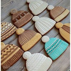 New Holiday Baking Recipes Royal Icing Ideas Fancy Cookies, Iced Cookies, Cute Cookies, Royal Icing Cookies, Cupcake Cookies, Baking Cookies, Ginger Cookies, Christmas Sugar Cookies, Holiday Cookies