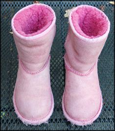 How to dye your grungy old uggs