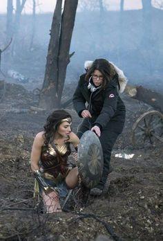 Wonder Woman (2017). Patty Jenkins  Cinematography: Matthew Jensen  Photo by: Clay Enos #Oscars #Platinum #SableFilms