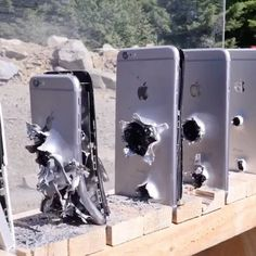 WOOOW! The best way to test an Iphone …
