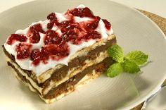 Sem Desperdício!: Dia de cozinha: Pavê de Chocolate com Calda de Frutas Vermelhas