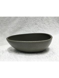 Grey concrete look egg shaped bathtub by Prodigg bathrooms. Available in a 1500mm legnth, 1700mm length and 1850mm length. Prodigg Bathrooms/ Square Bathtub, Small Bathtub, Stone Bathtub, Cast Iron Bathtub, Bath Tubs, Egg Shape, Solid Surface, Concrete, Bathrooms