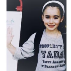 Lily Collins as a child ❤ cute and pretty ❤
