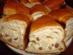 as minca o felie de tort diplomat zice petruta dinu Romanian Desserts, Romanian Food, Cookie Recipes, Dessert Recipes, Croatian Recipes, Pastry And Bakery, Strudel, Ricotta, Just Desserts