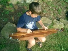 """If you can count the frets - you can play this instrument...! Best Instruments For Young Children – A """"Play By The Numbers"""" Dulcimer!"""