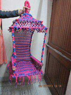 Macrame Design, Macrame Art, Macrame Knots, Macrame Jhula, Plant Lighting, Macrame Patterns, Hanging Baskets, Diy And Crafts, Weaving