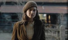 Classic Fashion, Classic Style, The Guernsey Literary, 1940s Outfits, Ben Barnes, Lily James, Peeling Potatoes, Period Outfit, Autumn Outfits