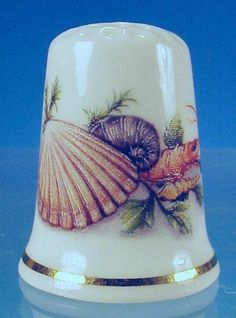 "Discontinued Bone China Thimble ""CLAM SHELL, LOBSTER, MOLLUSK SHELL"" Cottage Thimbles, England"