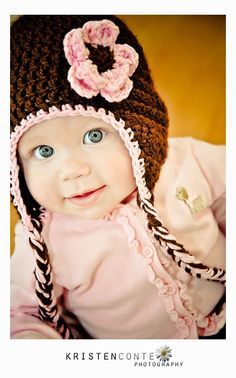 Cute hat, but gotta say this baby has BEAUTIFUL eyes!