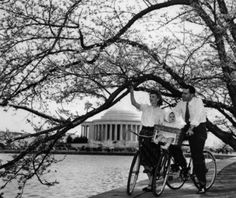 The Nixon family out for a #Bike ride in front of the Washington DC tidal basin, 1947