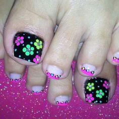 Pedicure Designs, Toe Designs, Diy Nail Designs, Manicure E Pedicure, Cute Toe Nails, Toe Nail Art, May Nails, Hair And Nails, Pretty Pedicures