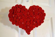 ROSE HEART DOOR HANGER
