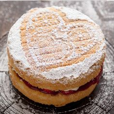 Eat This: The Best Ever Victoria Sponge Cake by Mirror Mirror