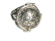 Sterling Silver Poison Ring with Round Sun Flower Face Design #Bali #PoisonRing