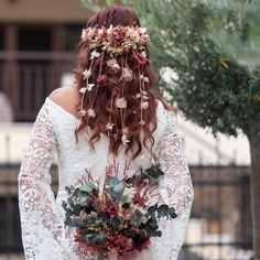 "@design_by_bouquet_thessaloniki: ""Pretty shades of pink and copper for this beautiful redhead bride. The unique handmade floral piece…"" Redhead Bride, Thessaloniki, Beautiful Redhead, Bridal Bouquets, Wedding Accessories, Copper, Shades, Wedding Dresses, Unique"