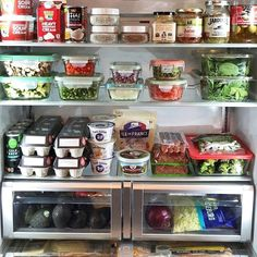 New week prepped fridge = key to success! How do you set yourself up for a productive week? Tofu, Vegan Society, Tomato Chutney, Chutney Recipes, Mushroom Recipes, Meals For The Week, Casserole Dishes, Sour Cream, Food Print