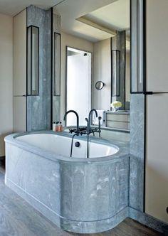 Современная ванная комната Жан-Луи Deniot в Вест-Сайде в Манхэттене