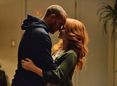 "Sarah Drew Opens Up About April's Heartbreaking Decision on Grey's Anatomy: ""Get the Tissues Ready""  Grey's Anatomy, Sarah Drew, Jesse Williams"