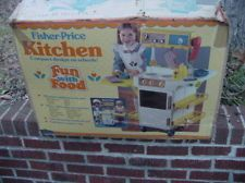 fisher price kitchen vintage in Fisher-Price | eBay.   What fond memories my friends, family and I have of playing ( house, restaurant, etc. ) with the 80's Fisher Price kitchen ...  Also, the Full house ( in the 80's) sitcom always had one of the Olsen twins playing with a copy of this fisher price kitchen