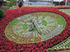 Royal Botanical Garden, Edinburgh, Great Britain Floral Clock, Botanical Gardens, Great Britain, Edinburgh, Stepping Stones, Outdoor Decor, Home Decor, Stair Risers, Decoration Home